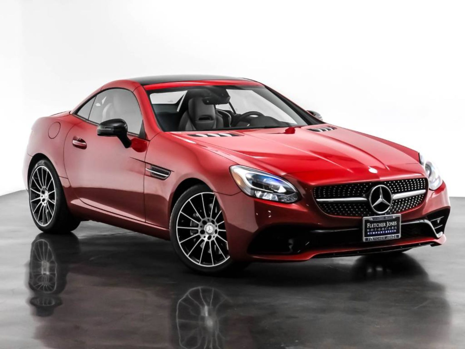 Certified Pre-Owned 2017 Mercedes-Benz SLC SLC 300